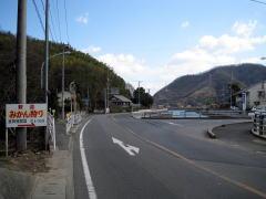 県道366号へ