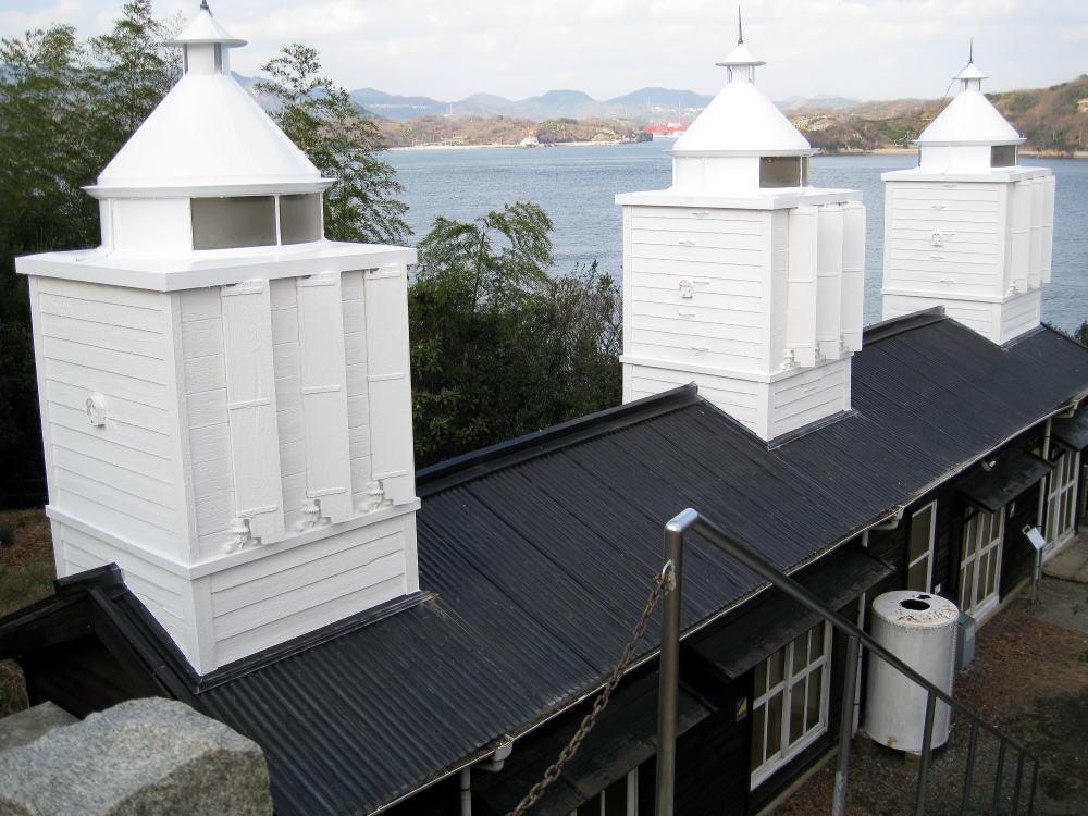 大浜灯台資料館
