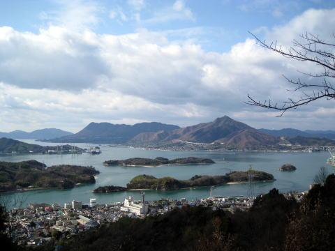 鶴島亀島平内島